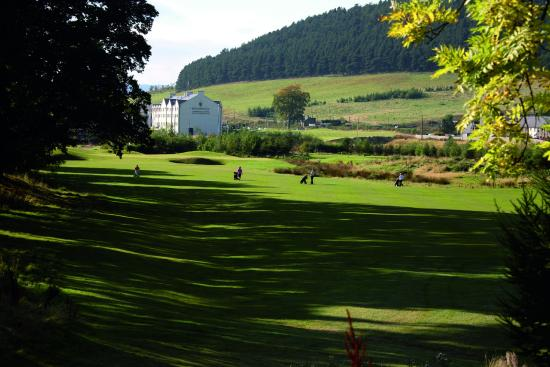 Macdonald Cardrona Hotel, Golf & Spa: Hotel over golf course