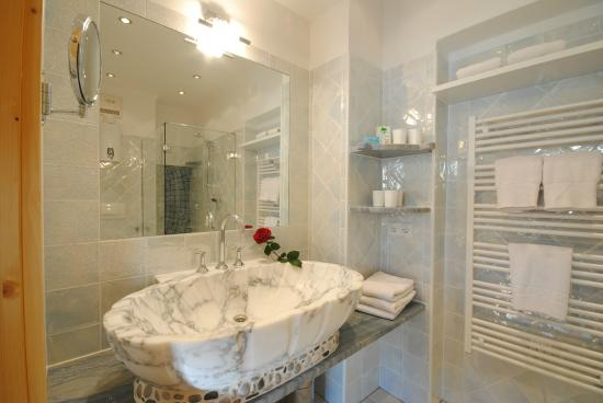 Pension Alpenrose Appartements : Dusche/WC App. Typ E