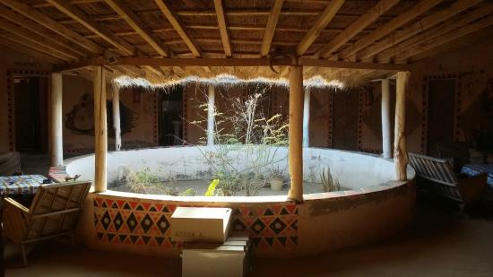 Essamaye : The big african house
