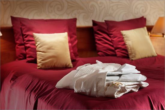 Harmony Club Hotel: Bedroom detail