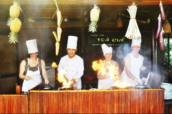 Tra Que Vegetable Village: Cooking Class - by Hoi An Travel