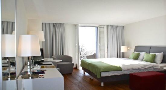 Hotel-Restaurant de la Rouvenaz : Chambre Supérieure