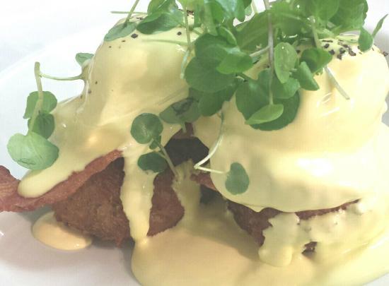 Dish Deli & Kitchen: Potato Cakes with Bacon & Hollandaise