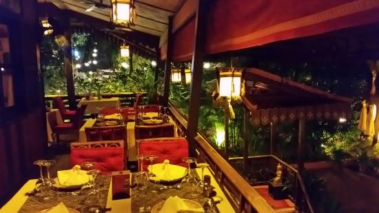 Madame Butterfly : Ot door or air conditioned indoor seating is available as well as a few tables for two or four i