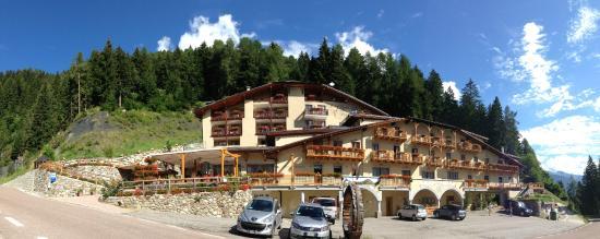 Photo of Hotel Chalet al Foss Vermiglio