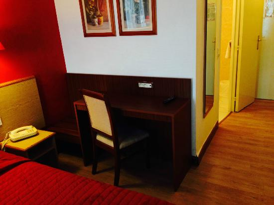 Hotel Vert-Galant : ESPACE TRAVAIL