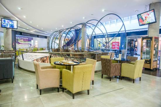 Zira Hotel : Zira Shopping Mall