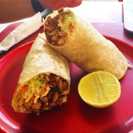 Puerto Aventuras Grill: Carne asada burrito