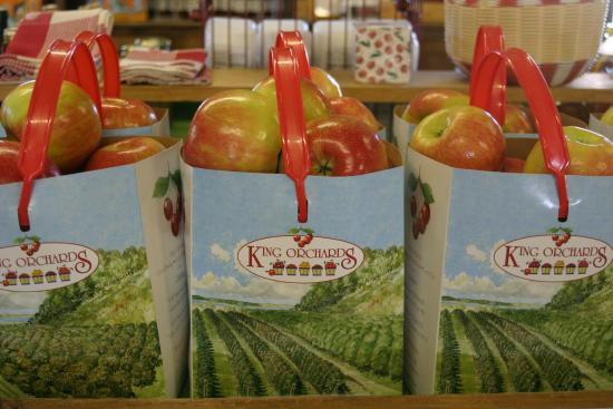 Kewadin, Мичиган: King Orchards Honey Crisp