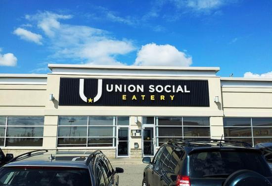 Union Social Eatery: Under the blue skies