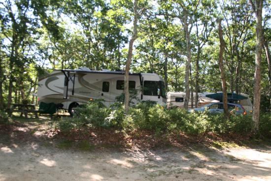 Martha's Vineyard Family Campground: Trailer site