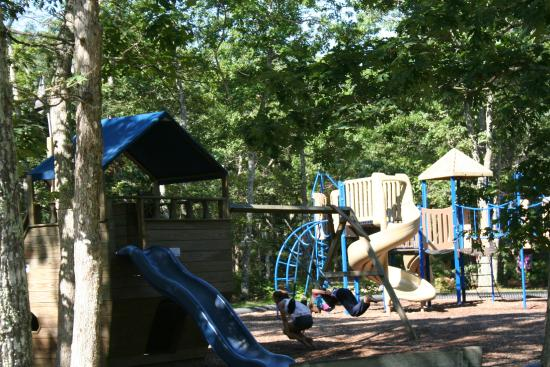 Martha's Vineyard Family Campground: Playground