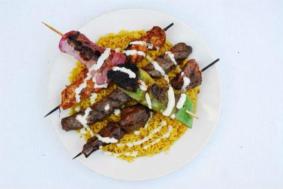 Mediterraneo Grill: Mixed grilled kabobs entree
