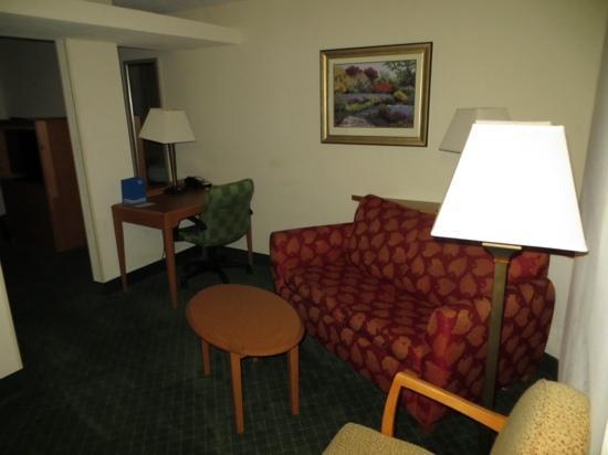 Fairfield Inn & Suites Beaumont: Room 301, King Suite N/S
