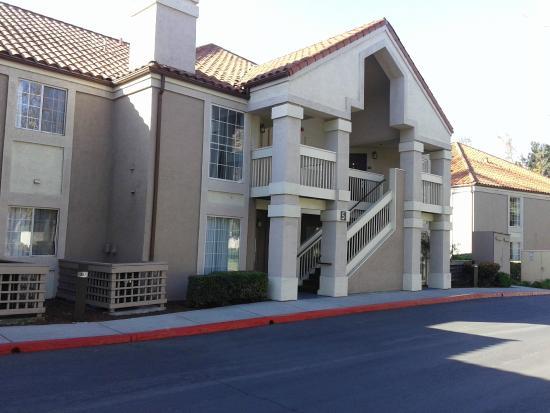 Staybridge Suites San Jose: Suites y alrededores
