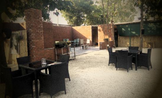 The Piano Man Garden Cafe