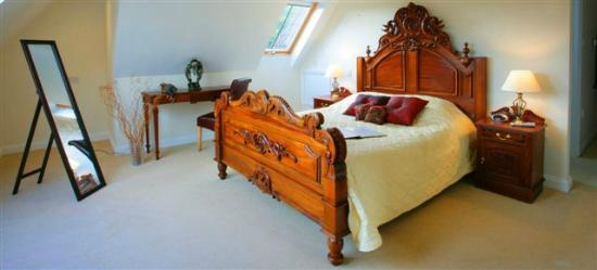 Temple Cloud, UK: Luxury Room