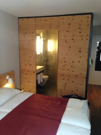 Hotel Schweizerhof : Standard-DZ