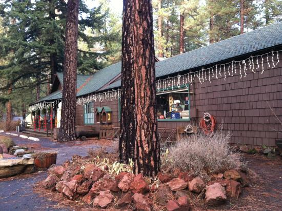 Camp Sherman Store on the Metolius River