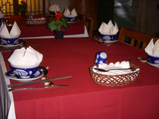 Moon Restaurant & Lounge: inside Moon-restaurant