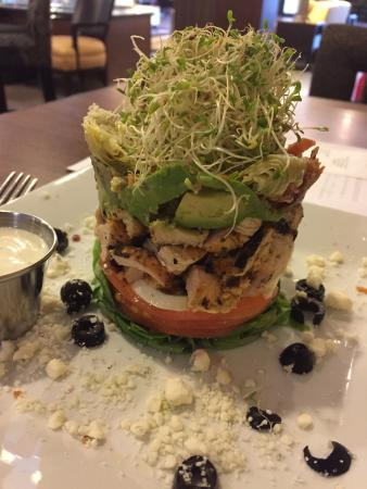 DoubleTree by Hilton Hotel Raleigh - Brownstone - University: Stacked Cobb Salad