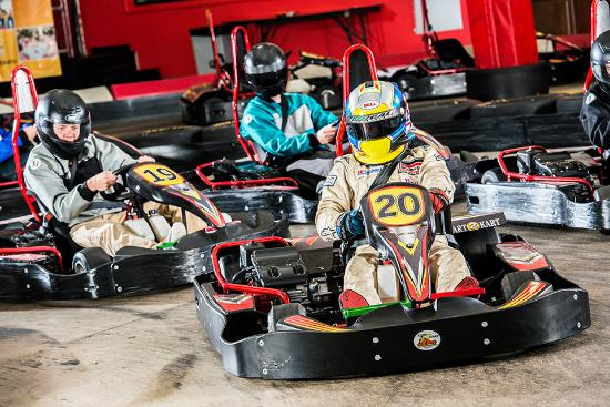 Sterling Heights, MI: Kart on track