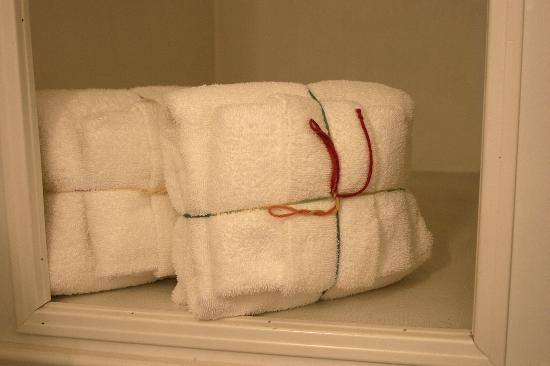 Midway Motel : Yarn-wrapped towels