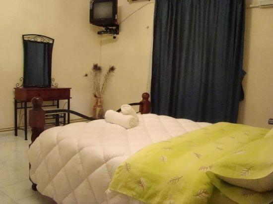 Une chambre au 3 me tage photo de hotel nedjma tlemcen - Location chambre hotel au mois ...