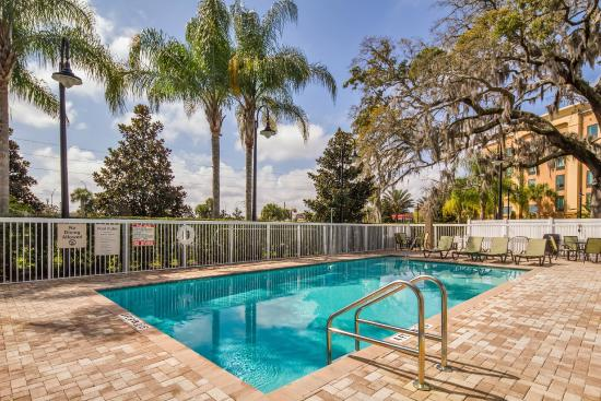 Holiday Inn Express Hotel & Suites Orlando-Apopka: Outdoor Pool