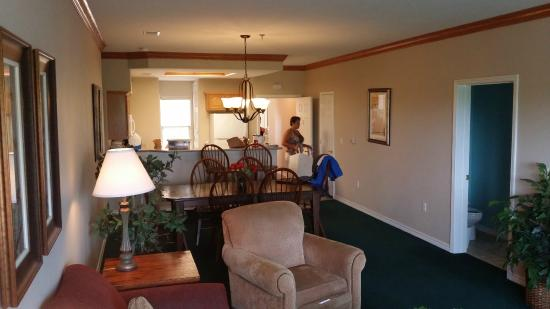 Palace View Resort by Spinnaker: Main room of 2 bedroom