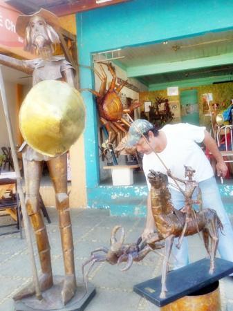 Atelier Artes em Cobre Carlos Sisternas