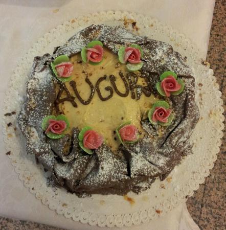 Tartufata torta di compleanno per i 70 anni della mamma - Colorazione pagina della torta di compleanno ...