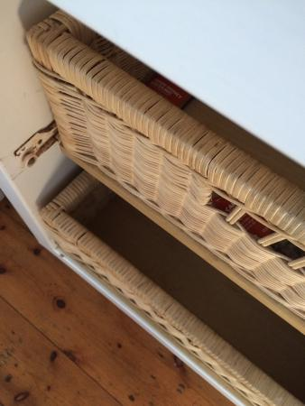 La Gratitude Villa: Basket drawers