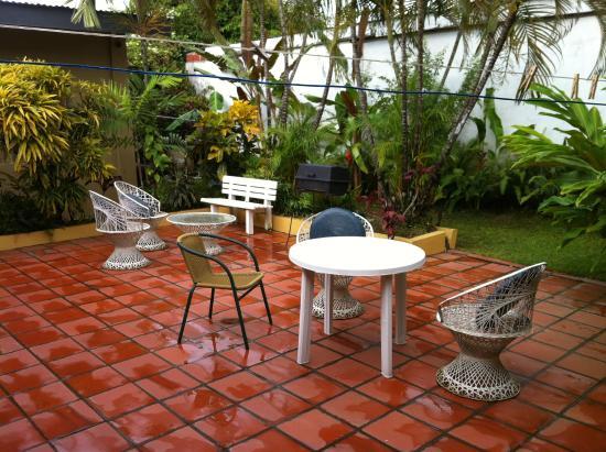 Ana's Place : Terrasse arrière