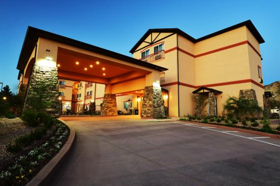 Best Western Plus Zion West Hotel