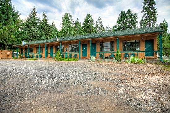 Hoodoo's Camp Sherman RV Park & Motel