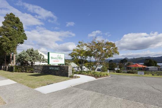 Pauanui Pines Motor Lodge: Entrance