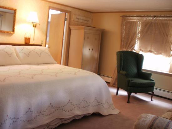 Old Wellsboro Inn: Niles Room