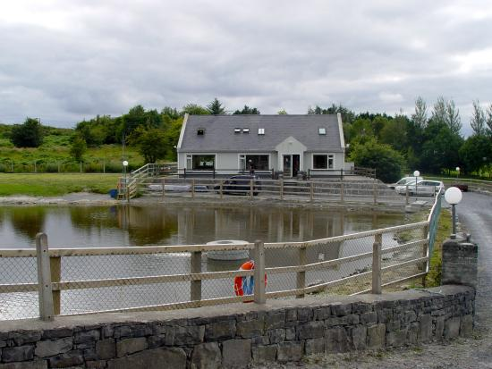 Oughterard Holiday Hostel & Angling Center