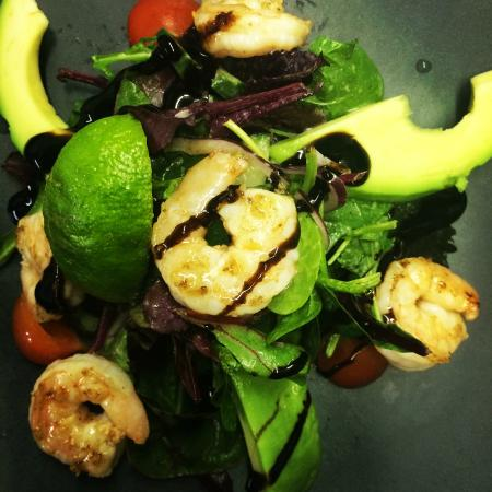 Bleu: Prawn & Avocado salad