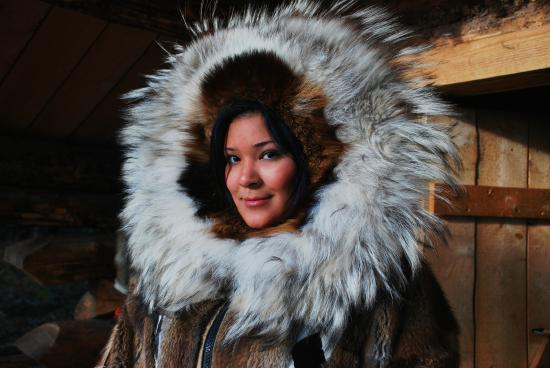 Riverboat Discovery: Chena Athabascan Indian Village tour