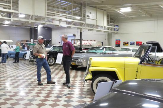 The Murphy Auto Museum: Visitors at the Jeep Show
