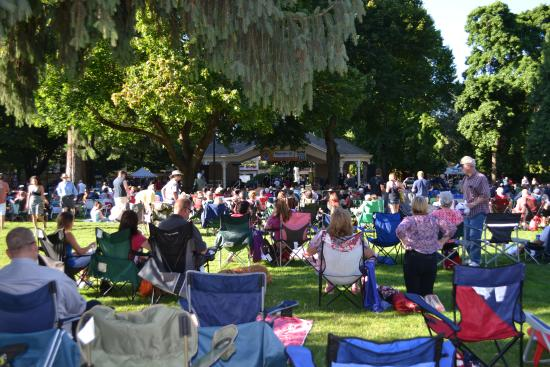 Vancouver, WA: Concerts in the Park - Esther Short Park