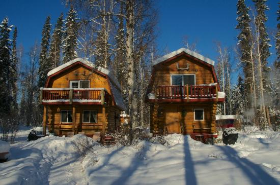 Riverbend Log Cabins & Cottage Rentals : Chinook and Sourdough Cabins