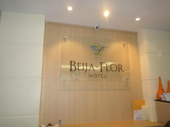 Hotel Beija Flor: placa