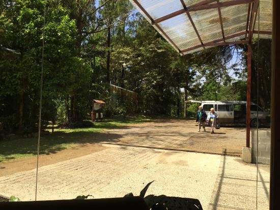 Puerta Baño Hacia Afuera:Los Pinos Forest Hill La
