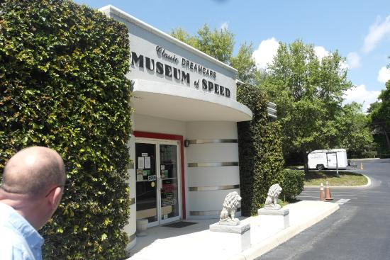 Mount Dora Museum Of Speed: The outside of the museum