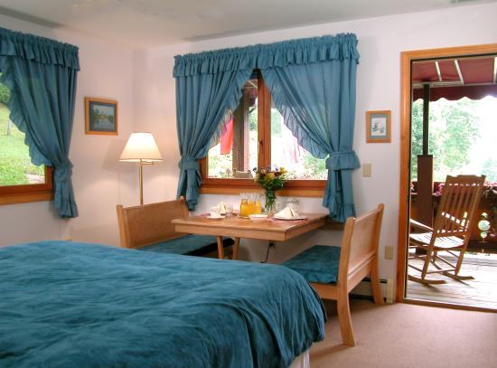 Chalet Bed And Breakfast Nc