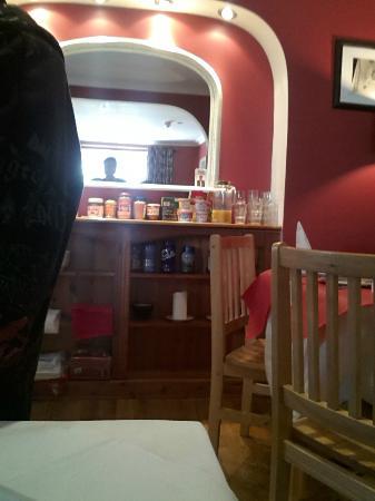 Tirconaill B&B: Breakfast area