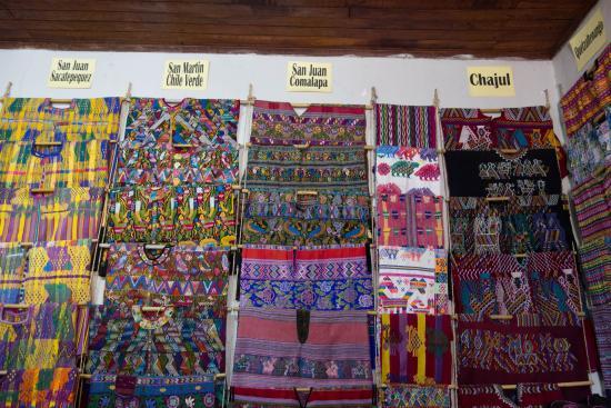 Museo Casa del Tejido: Huipiles